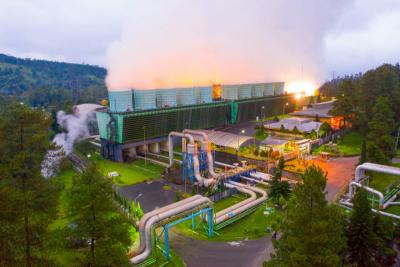 Photo of Capai 7.946 MW, PLN Terus Dorong Pemanfaatan EBT