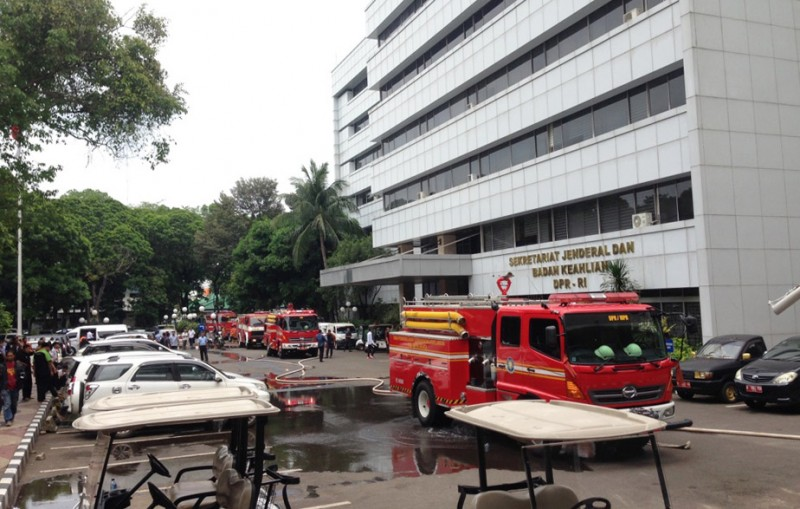 Akibat Korsleting Listrik, Ruang Pojka Gedung Nusantara III DPR RI Terbakar