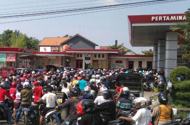 DPR Pertanyaakan Penyaluran BBM Bersubsidi di Jamali
