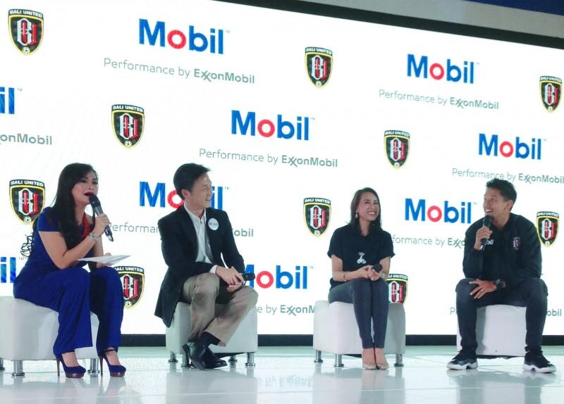 Gandeng Go-Jek dan Bali United, ExxonMobil Luncurkan Pelumas Anyar