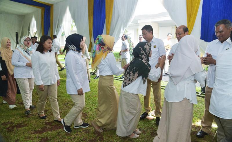 Hari Pertama Kerja, Menteri dan Wakil Menteri ESDM Cek Kehadiran Pegawai