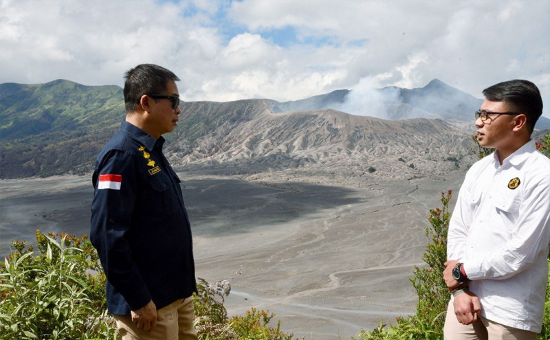 Menteri Jonan Minta Pos Pengamatan Gunung Bromo Dipindah Lebih Tinggi