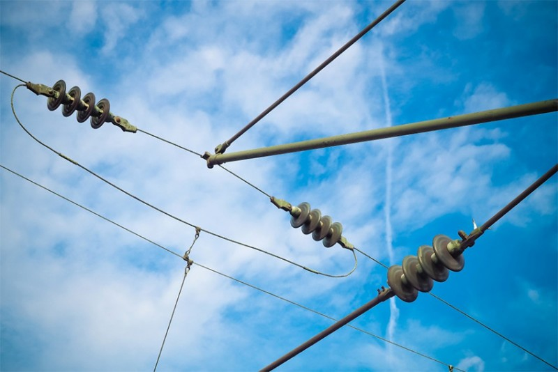Pembangunan Kelistrikan 35.000 MW Jangan Sampai Terkendala Material