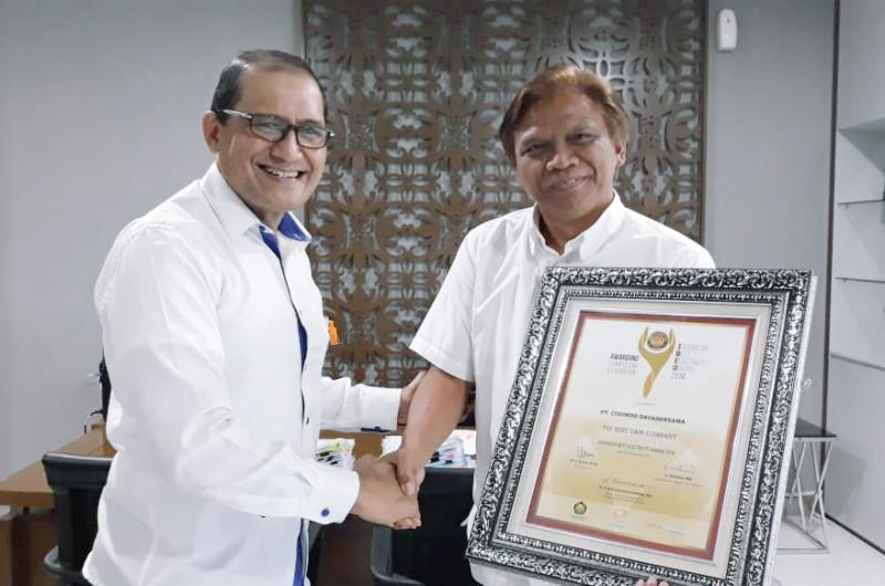 Piagam Penghargaan The Best O&M Company Bagi Cogindo