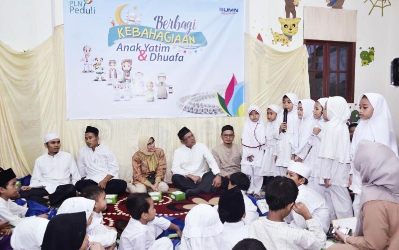 PLN Berbagi Kebahagiaan Bersama 8.000 Anak Yatim dan Dhuafa