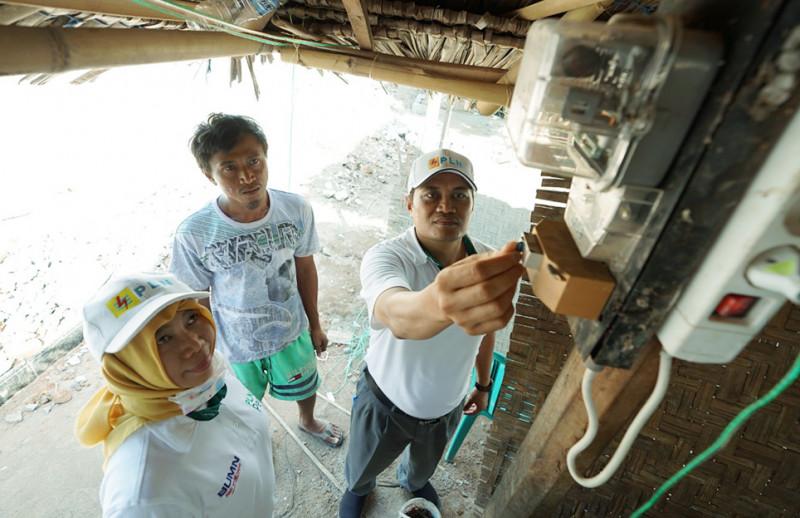 PLN Gratiskan Biaya Penyambungan Korban Gempa Lombok dan Sumbawa