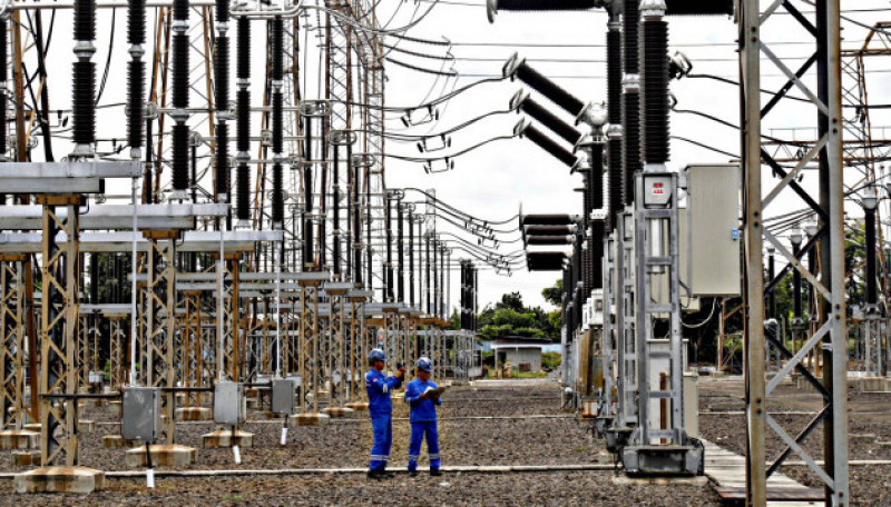 PLN: Target Rasio Elektrifikasi 100 Persen Pada 2020