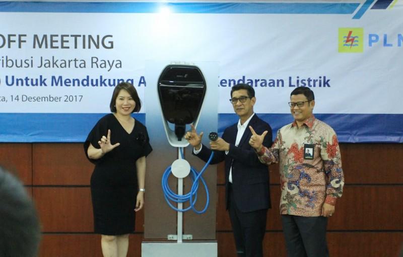 PLN Targetkan 1000 SPLU Tersebar di Jakarta