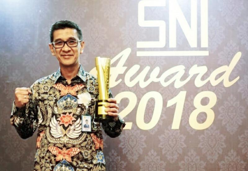 PLN UID Jakarta Raya Raih Anugerah Gold SNI Award 2018