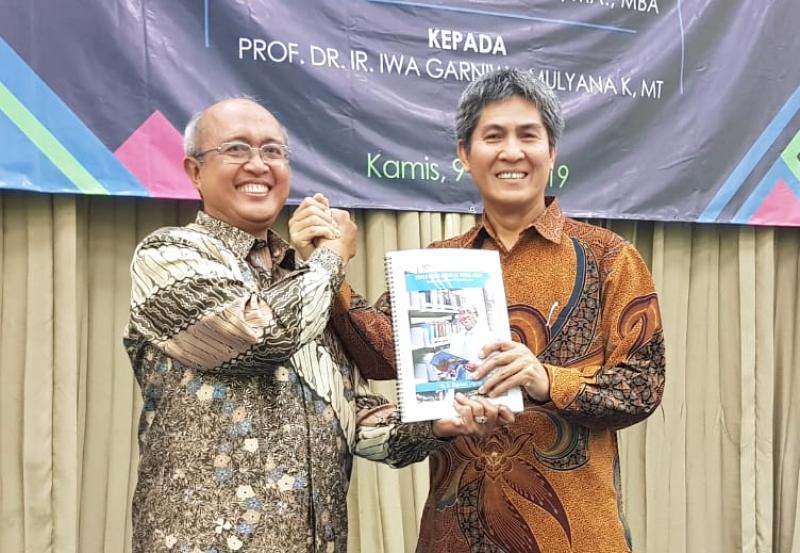 Prof. Iwa Garniwa Resmi Pimpin STT-PLN