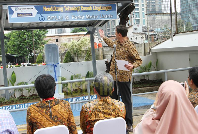 SPLU Motor Listrik Tersedia di Gedung Summitmas dan Jawa Power