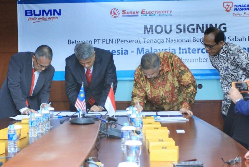 Tandatangani MoU Proyek Interkoneksi Kalimantan-Sabah, PLN Bakal Pasok Listrik ke Malaysia