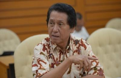 Photo of Daryatmo Mardiyanto: Politisi Senior Sebagai Penyambung Suara Konsumen