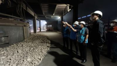 Photo of Dukung Industri Smelter di Sulawesi, PLN Tambah Pasokan Listrik ke PT Huadi Nickel-Alloy Indonesia