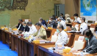 Photo of Gelar Rapat Kerja Antara Komisi VII, Kementerian ESDM dan DEN Hasilkan Delapan Kesimpulan