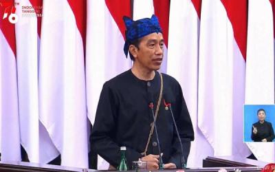 Photo of Jokowi: Transformasi Menuju Energi Baru & Terbarukan