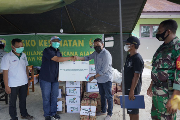 Aksi Peduli Bantu Korban Badai Tropis Seroja, PLN Raih Top CSR of the Year 2021