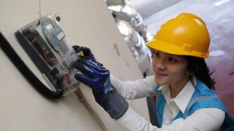 Gunakan Dana CSR, Jabar Caang Di Indramayu Listriki 139 Rumah