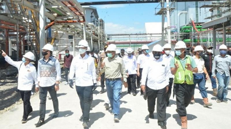 Gunakan Super PUMA, Jokowi Datang Ke Bombana Resmikan Pabrik Gula
