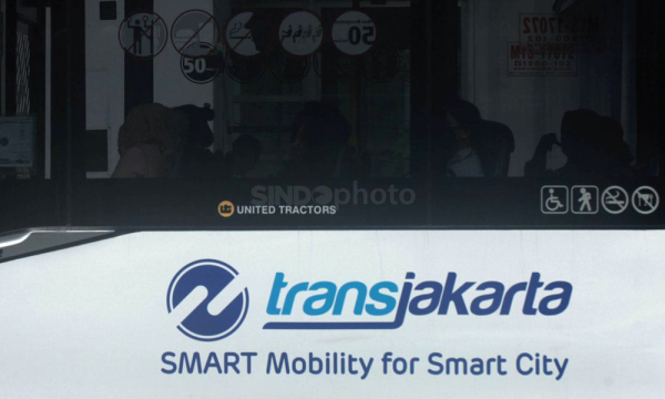 Jakarta Pilih Bus Listrik Produk Cina atau INKA?