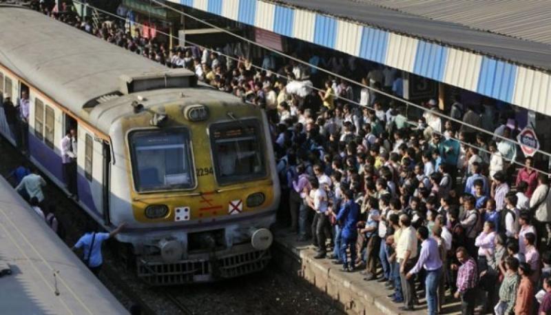 Jaringan Terganggu Di Mumbai, Kereta dan Pabrik Setrum Terdampak