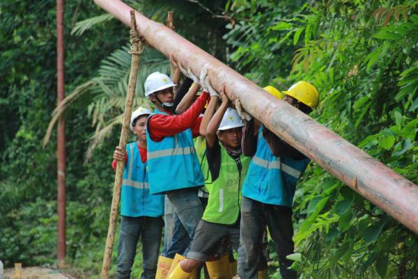 Kado Awal Tahun 2021, PLN Hadirkan Terang bagi 17 Desa di Riau dan Kepulauan Riau