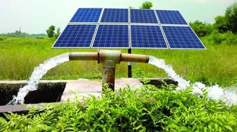 Keren! Kampus Ini Bantu Petani Bikin Pompa Air Bertenaga Matahari