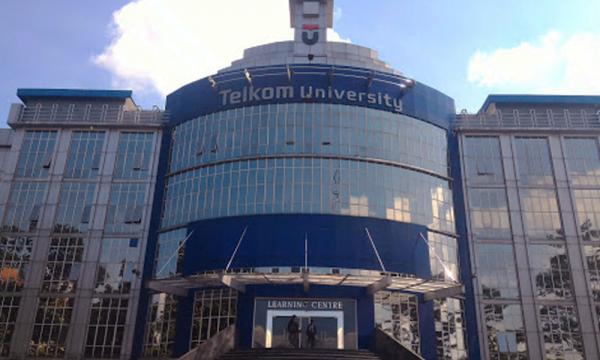 Manfaatkan Energi Bersih, Telkom University PTS Terbaik 2021