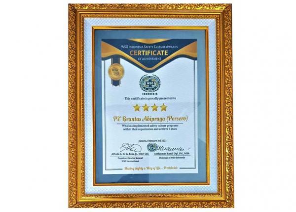 Mantap, Brantas Abipraya Raih Penghargaan K3L Tingkat Dunia