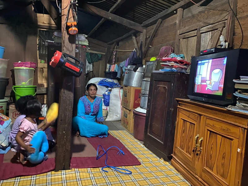 Mantap, Warga Orong Telu Sumbawa Kini Nikmati Listrik 24 Jam