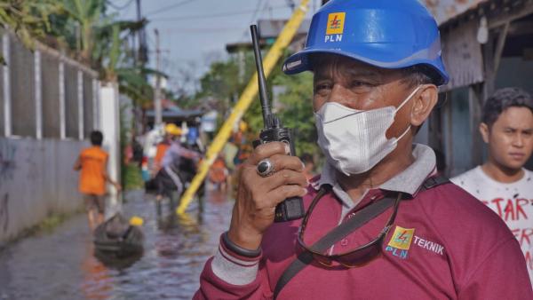 Pastikan Aman, PLN Pulihkan 1.036 Gardu Terdampak Banjir di Kalimantan