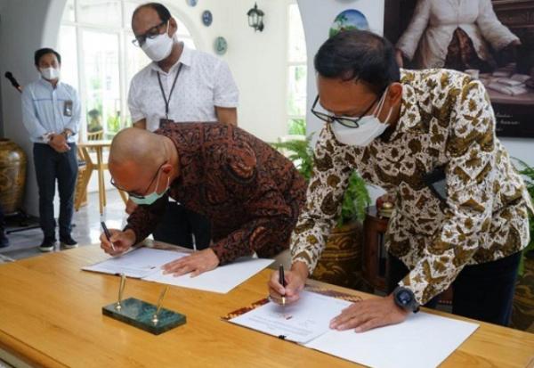 PLN Alirkan Listrik Untuk Shore Connection di Pelabuhan Pelindo III