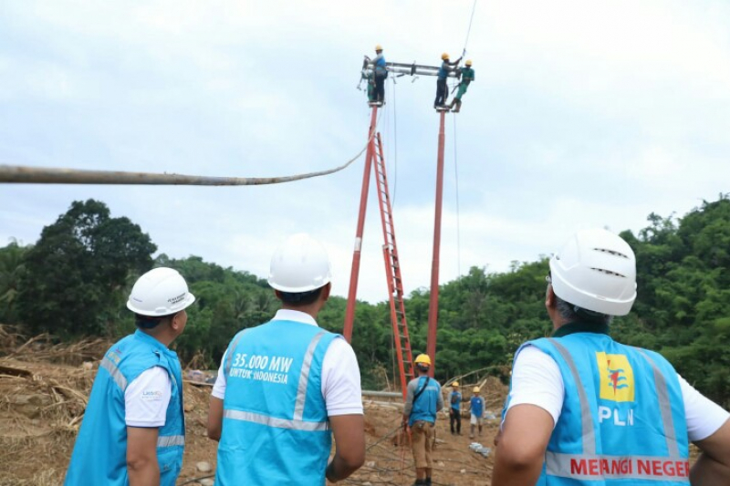 PLN Upaya Pulihkan Listrik Terdampak Banjir Bandang di Lebak, Banten