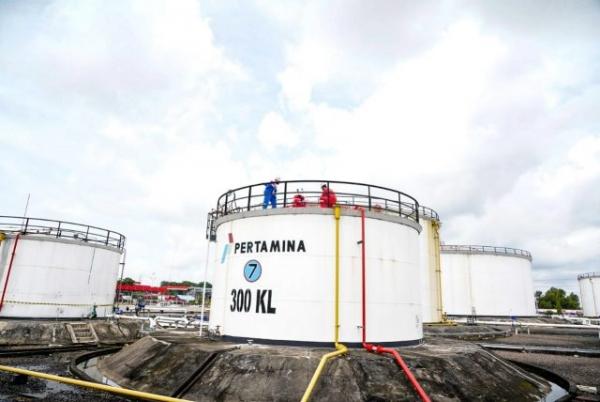 PR Besar Pemerintah Menyetop Impor BBM dan LPG