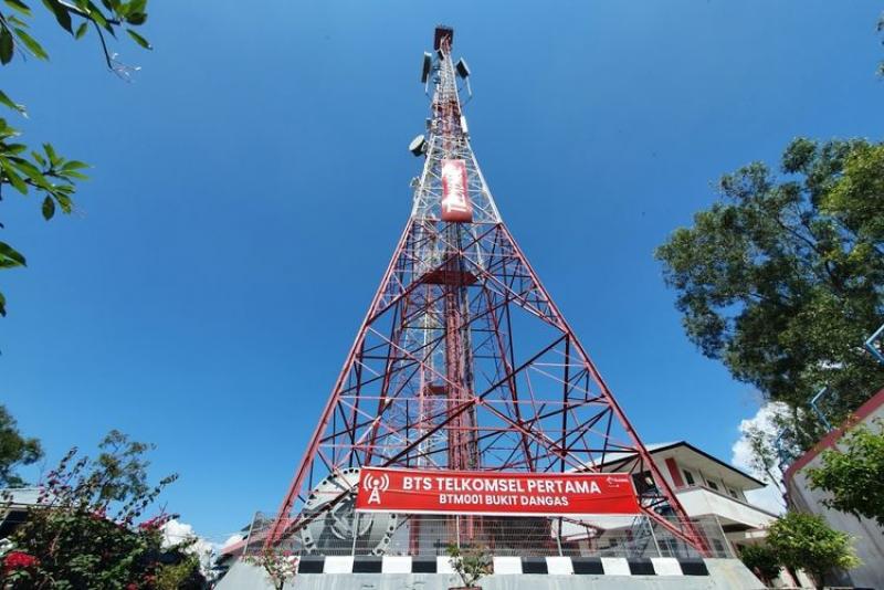 Ribuan Menara Telkomsel Dijual Ke Mitratel