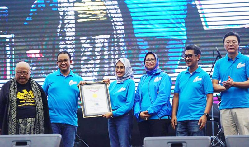 Semangat Baru Karnaval Jakarta Langit Biru