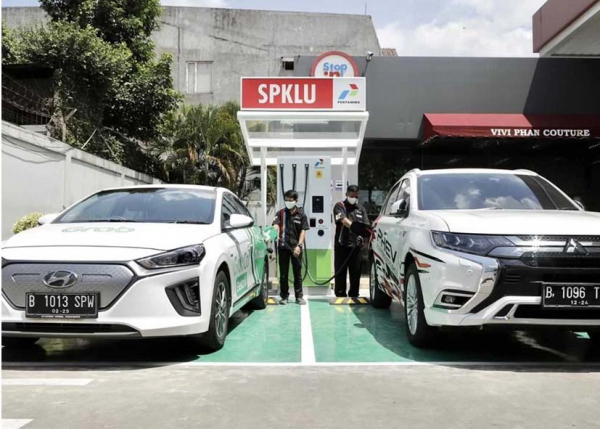 Transisi Energi Bersih Melalui Kendaraan Bermotor Listrik