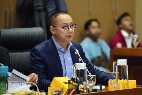 Wakil Ketua Komisi VII Minta Pemerintah Perhatikan Over Supply Produksi Semen