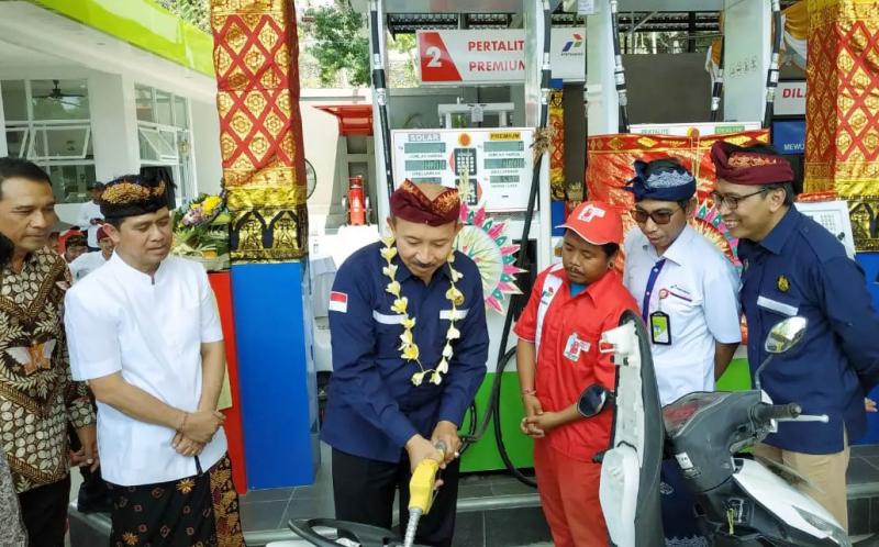 Warga Nusa Ceningan Bali Kini Nikmati BBM Satu Harga