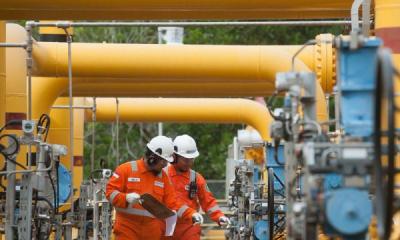 Photo of Rektor Unair Ingatkan Dampak Penurunan Harga Gas Industri
